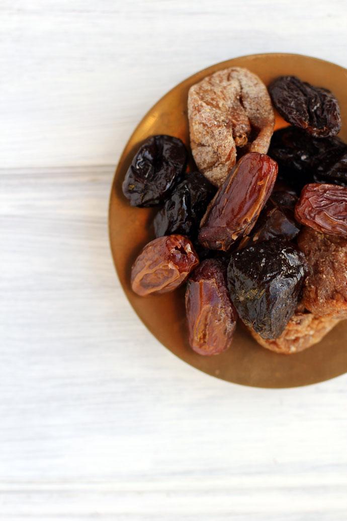 driedfruitcompote_plate